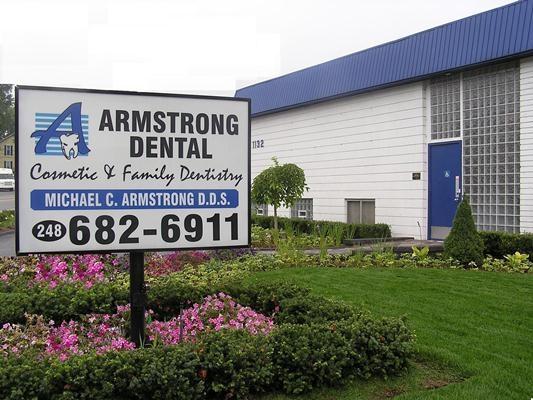 Armstrongoffice.jpg