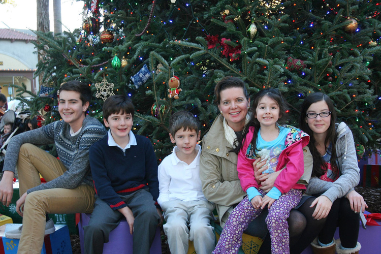 dr_laurie_family.jpg