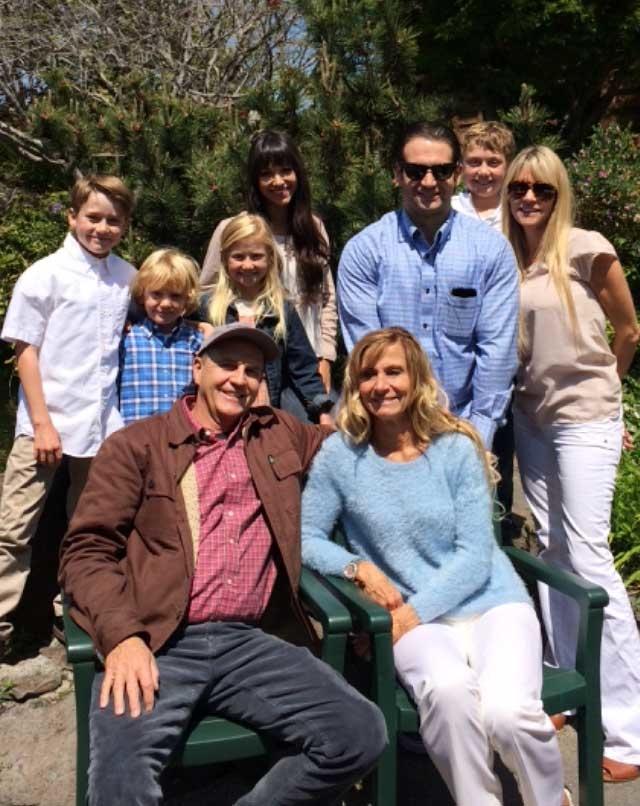 Jones_chiropractic_family.jpg