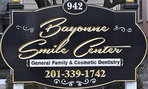 2Bayonne_smile_center_banner.png