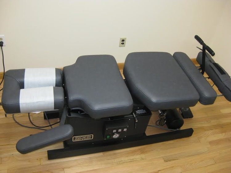 Bayside Chiropractor | Bayside chiropractic Flexion/ Distraction (Spinal decompress) |  NY |
