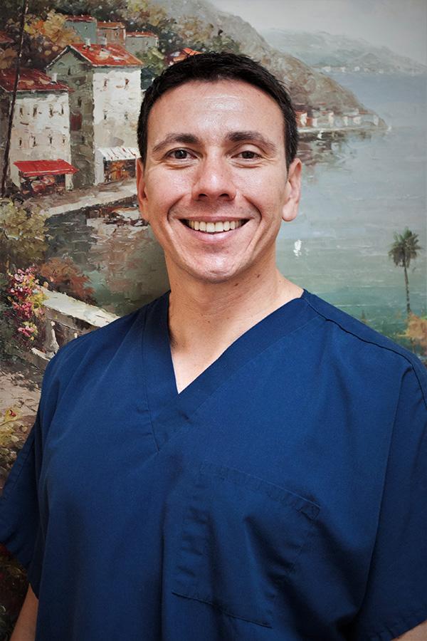 Dr_Fernando_Velez_DDS__Photo.jpg