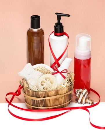S_Gift_footcare_lotion_basket.jpg