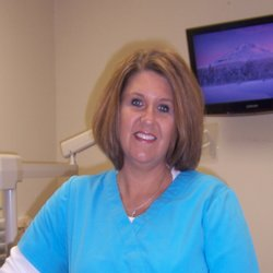 Stephanie Quarles - Dental Hygienist