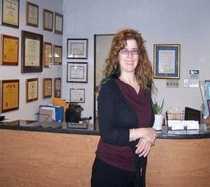 Dr Scott f Loeser DMD in Thornwood NY