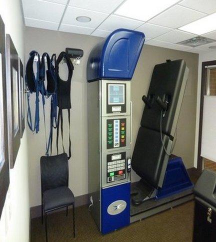 Bloomfield Chiropractor | Bloomfield chiropractic Spinal Decompression Machine |  MI |