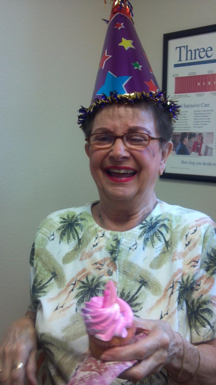 HAPPY BIRTHDAY GLORIA!!!!