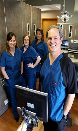 Parkville endodontist, Dr. Norman Smith, Root Canals, MO