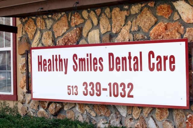 healthy_smiles_entrance.jpg