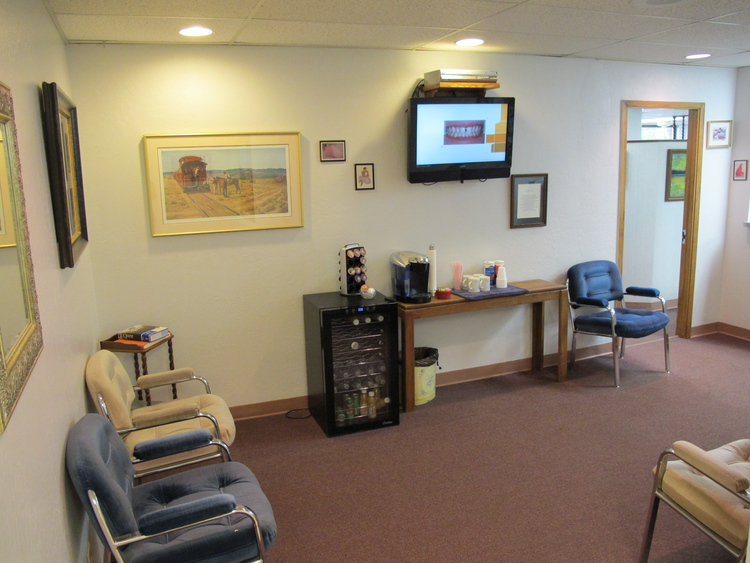 RL Davison, DDS in Albuquerque NM