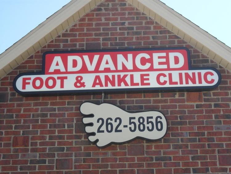 Des Moines Podiatrist | Des Moines About Us | IA | Advanced Foot & Ankle Clinic |