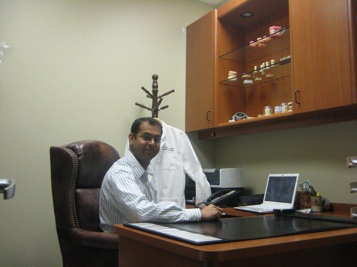 Dr_Langha_in_office_pic.jpg