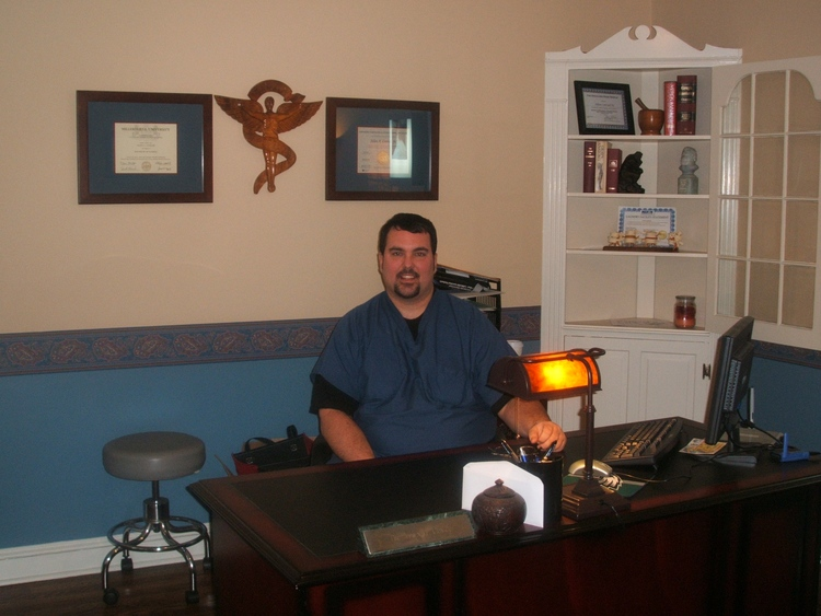 Back pain whiplasgh chiropractor north wales pa