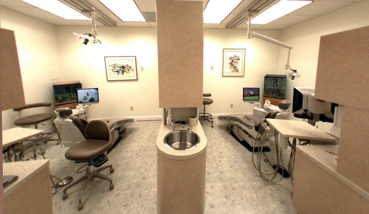 Dr Mendrinos and Dr Bredologos Family and Cosmetic Dentistry in Virginia Beach VA